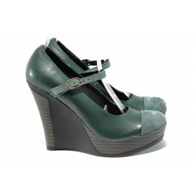 Дамски обувки на платформа - естествена кожа с естествен велур - зелени - EO-12355