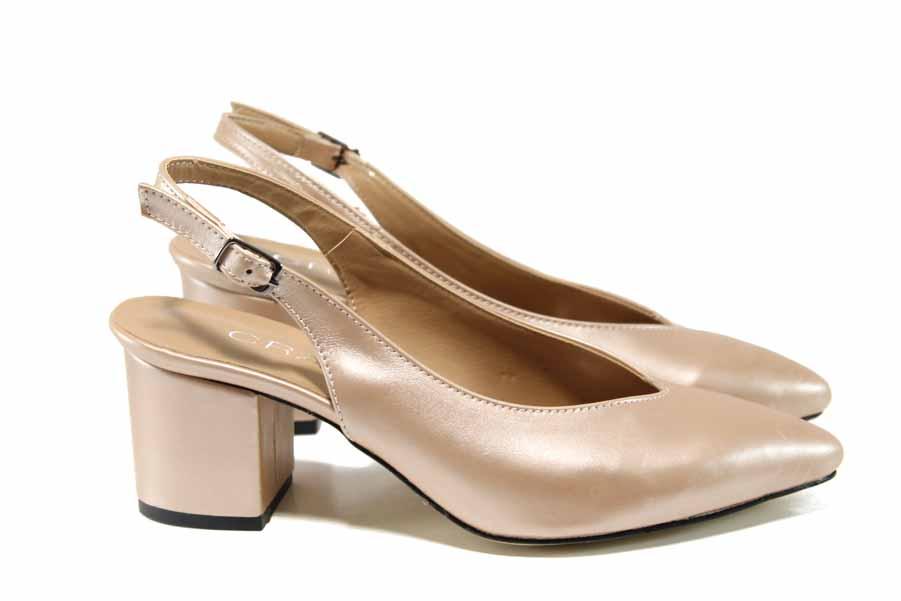 Дамски обувки на среден ток - висококачествена еко-кожа - корал - EO-12641