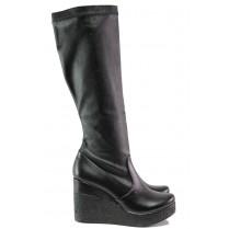 Дамски ботуши - висококачествена еко-кожа - черни - EO-13323