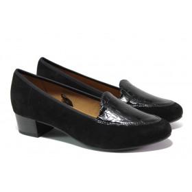 Дамски обувки на среден ток - естествен велур с естествен лак - черни - EO-12931