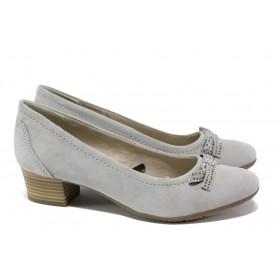 Дамски обувки на среден ток - естествен велур - светлосив - EO-13488
