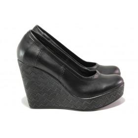 Дамски обувки на платформа - естествена кожа - черни - EO-13945
