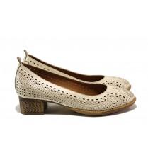 Дамски обувки на среден ток - естествена кожа - бежови - EO-14013