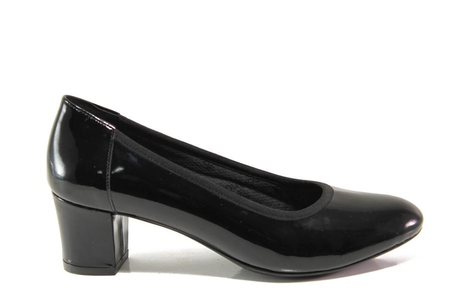 Дамски обувки на среден ток - естествена кожа-лак - черни - EO-14310