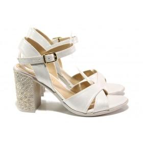 Дамски сандали - висококачествена еко-кожа - бели - EO-14094