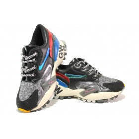 Дамски спортни обувки - висококачествена еко-кожа - черни - EO-14536
