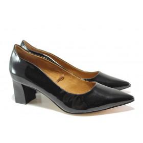 Дамски обувки на среден ток - естествена кожа-лак - черни - EO-14392