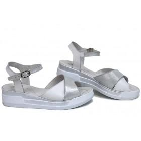Дамски сандали - естествена кожа - бели - EO-15740