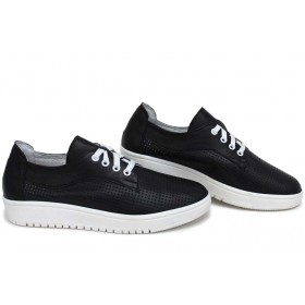 Равни дамски обувки - естествена кожа - черни - EO-15401