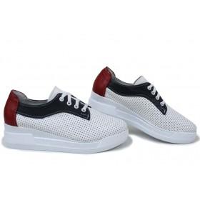 Равни дамски обувки - естествена кожа - бели - EO-15397