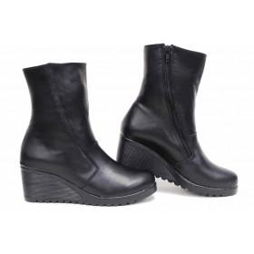 Дамски боти - естествена кожа - черни - EO-16850