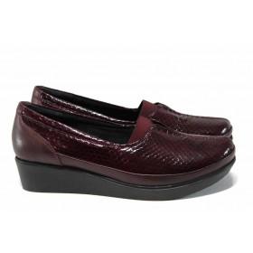 Дамски обувки на платформа - естествена кожа-лак - бордо - EO-15348