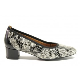 Дамски обувки на среден ток - естествена кожа с естествен лак - черни - EO-15231