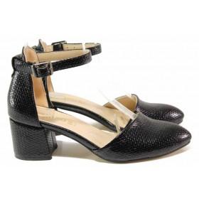 Дамски обувки на среден ток - висококачествена еко-кожа - черни - EO-15330