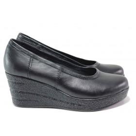 Дамски обувки на платформа - естествена кожа - черни - EO-15462
