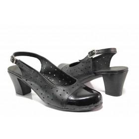 Дамски обувки на среден ток - естествена кожа - черни - EO-15805