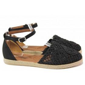 Дамски сандали - естествена кожа в съчетание с текстил - черни - EO-16687