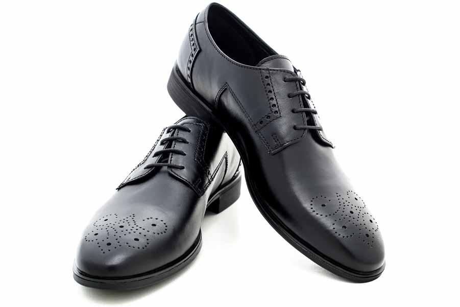 Елегантни мъжки обувки - естествена кожа с перфорация - черни - EO-18162