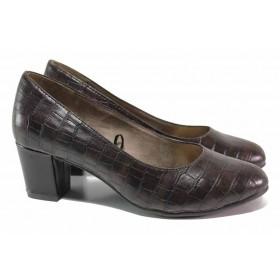 """Дамски обувки на среден ток - еко-кожа с """"кроко"""" мотив - кафяви - EO-18372"""