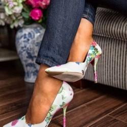 Как да отстраните неприятната миризма от обувките си