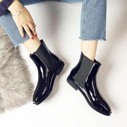 3 страхотни предложения за есенни дамски обувки