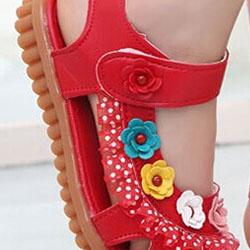 Подходящи детски обувки за лятото