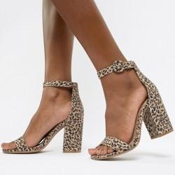 Животинските отпечатъци в модата на обувките са хит!