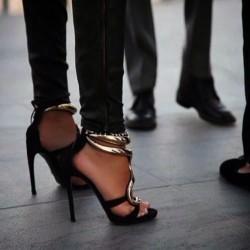 Обувките - най-желаният моден  аксесоар от дамите